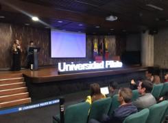 FINTECH 101: CREANDO EL FUTURO FINANCIERO Y TECNOLÓGICO DE COLOMBIA.