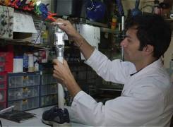 Un colombiano, finalista en concurso científico de History Channel