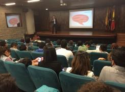 CAHRAL INAUGURAL DE PRÁCTICA EMPRESARIAL 2015-3 DISEÑO GRÁFICO Y DISEÑO DE ESPACIOS Y ESCENARIOS